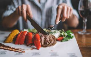 Что едят лошади: едят ли лошади мясо